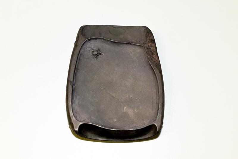 6 端渓老坑石 蜘蛛硯 ¥250,000